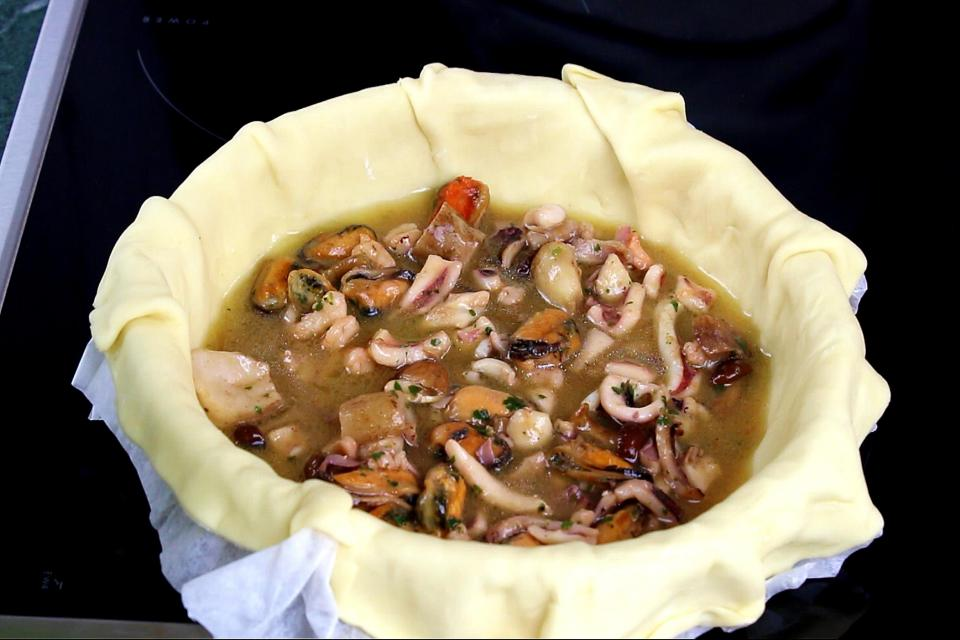 Torta salata di mare: funghi e frutti di mare  | Cucina Condipresto ESCA